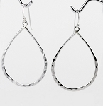 E 6914 Hammered Teardrop Hanging Earrings 40x30 mm