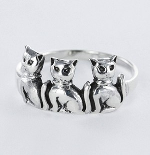 R 42948 Cat Ring - Size 7