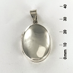 L 1703 Locket - Flat Oval