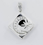 P22775 Square Locket w/Design